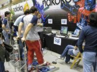 Freaks bailando en la Japan Weekend